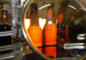Новости Канады: В Канаде супругов накажут за драку из-за последней бутылки пива