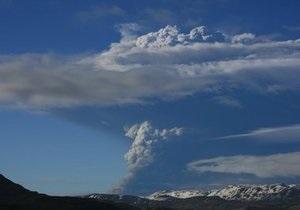 В Исландии закрыли международный аэропорт из-за извержения вулкана
