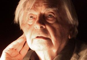 Знаменитый театральный режиссер Юрий Любимов впал в кому. Врачи борются за его жизнь