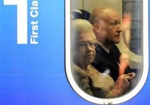 Елизавета проехалась в общественном транспорте