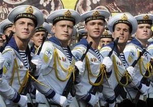 Генштаб: Украинская армия полностью перейдет на контракт до 2015 года