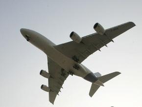 Турецкий самолет совершил аварийную посадку в Стамбуле