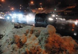 За выходные из Киева вывезено более двух тысяч тонн снега