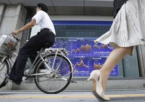Обзор рынков: Фондовые индексы снизились, нефть дорожает