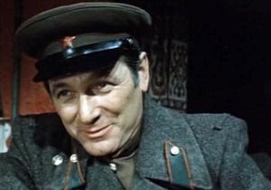 Актера Александра Белявского проводили в последний путь аплодисментами