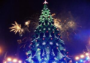 Новый год 2013 - Дятлы и Звездные войны: Газета назвала наиболее оригинальные новогодние наряды среди украинцев