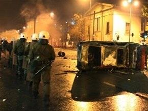 Погром в Афинах: молодежь подожгла 16 банков, 20 магазинов и 12 машин