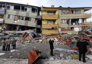 В результате нового землетрясения в Турции разрушены 18 зданий