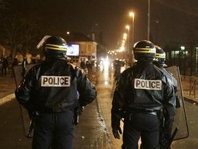Во Франции продолжаются беспорядки, вызванные смертью юноши в полицейском участке