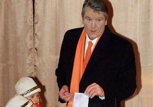 Ющенко проголосует в Доме профсоюзов, а Литвин - в школе
