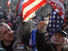 Сербия: В нападениях на посольства в Белграде виновны США