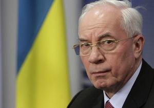Азаров рассчитывает, что договориться по газу смогут Янукович и Путин