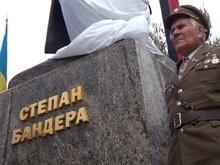 Однодневный заработок мэрии Ивано-Франковска пойдет на памятник Бандере