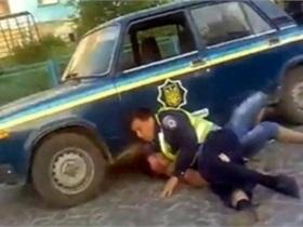новости Тернопольской области - ГАИ - избиение - В Тернопольской области сотрудники ГАИ отобрали телефон и избили водителя