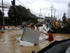 В результате наводнения на Филиппинах погибло 240 человек