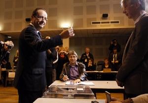 Олланд проголосовал на выборах президента во Франции