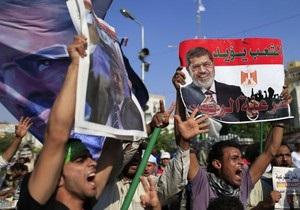 Египетские военные заявляют, что Мурси находится в секретном месте