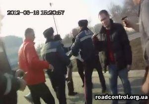 В Запорожье произошла потасовка между сотрудниками ГАИ и Дорожным контролем