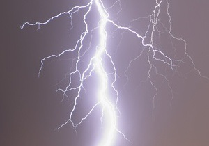 В Харьковской области от удара молнии погибла женщина