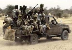 В Дарфуре похитили троих российских летчиков
