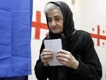 Грузинского оппозиционного лидера избили женщины из избиркома