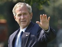 Буш обеспокоен скрытностью Ирана перед МАГАТЭ