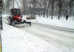 Киевские власти закупят 50 единиц снегоуборочной техники