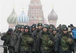 Милиция проверяет всех подозрительных лиц на Манежной площади