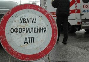 В Киеве водитель грузовика сбил женщину на пешеходном переходе