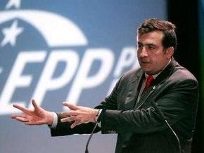 Саакашвили объяснил, что летал в Турцию не развлекаться, а изучать теплицы