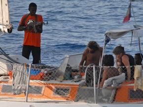 Сомалийские пираты, которым не заплатили всю сумму выкупа, сожгли яхту