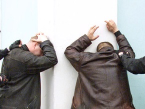 Двое харьковчан, назвавшись милиционерами, похитили жителя Прилук