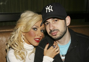 Кристина Агилера подала на развод