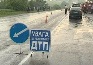 В Черновцах пьяный водитель на BMW сбил насмерть двух женщин