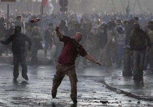 Берлускони осудил массовые беспорядки в Риме