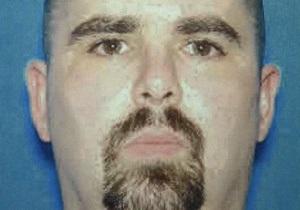 Нападение на храм сикхов:  Американский Брейвик  был лидером панк-группы