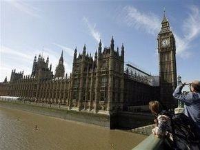 Экологи оккупировали крышу британского парламента