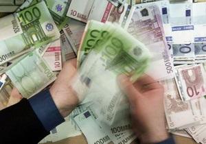 Евро на межбанке упал на десять копеек