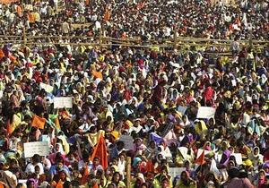 Суд по делу об изнасиловании в Дели начался с хаоса