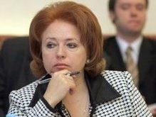 Карпачева предлагает Януковичу разработать совместный проект о защите прав детей-заключенных