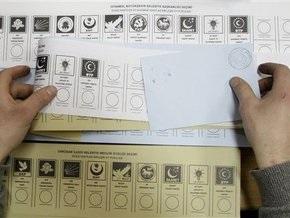 Выборы в Турции сопровождаются драками и потасовками: число пострадавших достигло полусотни