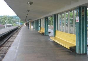 На станции метро Гидропарк начал работу второй вестибюль