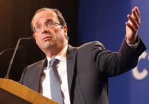 Олланд: Греция должна остаться в еврозоне