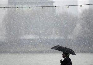 Из-за непогоды в Украине остаются обесточенными 335 населенных пунктов