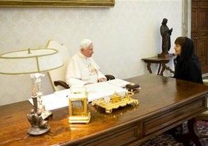 Франция и Германия отреагировали на решение Папы Римского покинуть престол