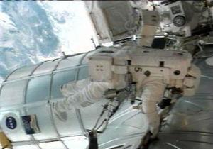 Космонавты МКС вышли в открытый космос