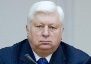 Пшонка взял под контроль гибель в ДТП невестки погибшего в Донецке чернобыльца