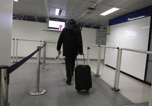 В аэропортах США разрешили при обыске прикасаться к половым органам пассажиров