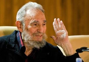 Фидель Кастро отправил 720 поздравительных открыток