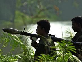 Авиация тамильских тигров сбросила бомбы на столицу Шри-Ланки: 27 человек ранены